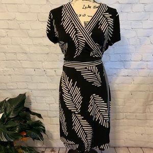 Very Pretty Palm Leaf Print ALFANI Wrap Dress